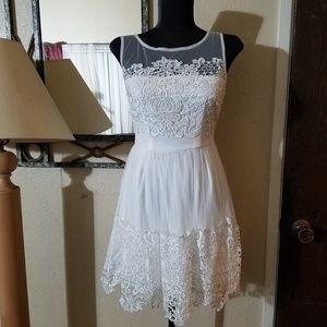 Dresses & Skirts - Sz 2 white dress